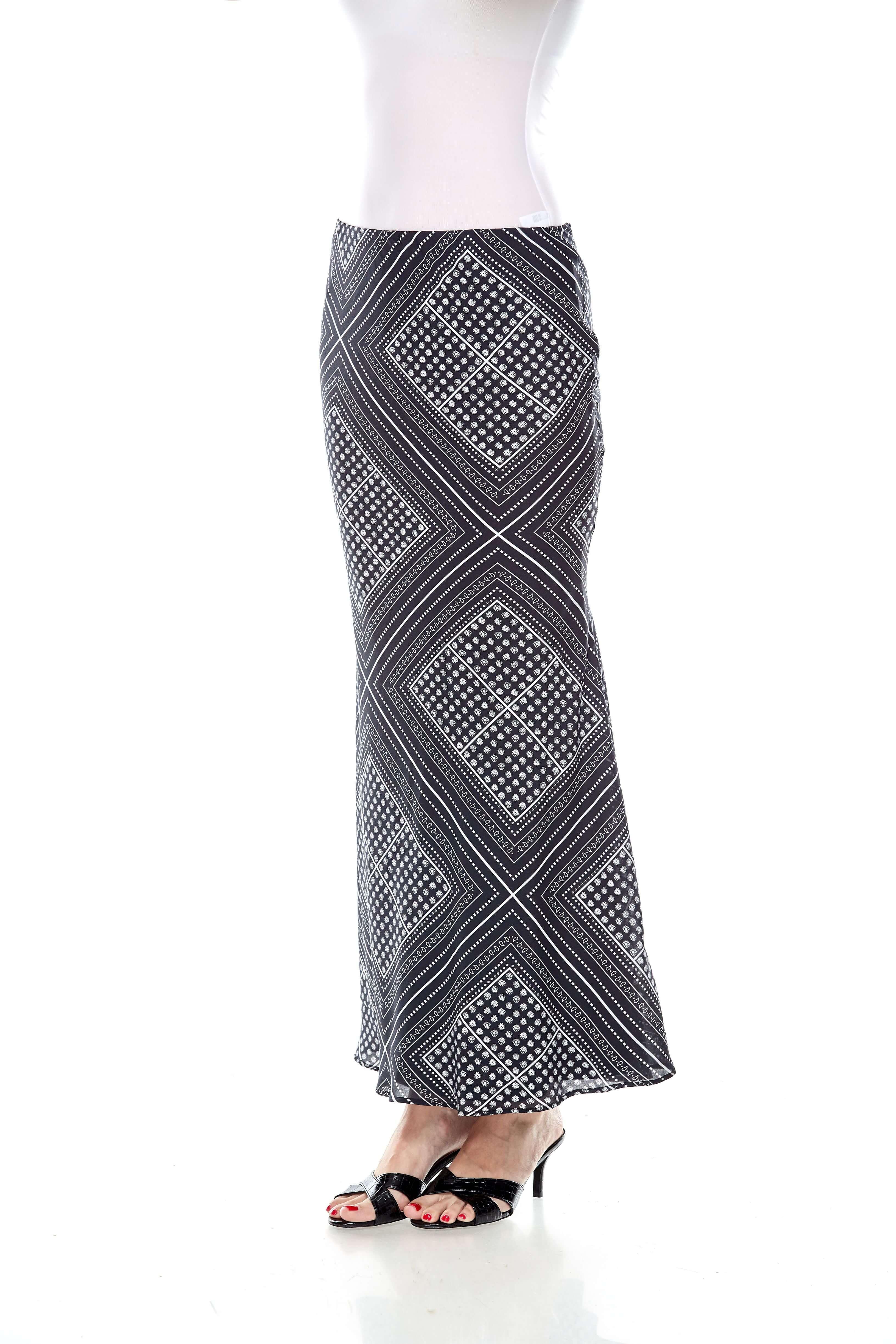 Black Handkerchief Print Mermaid Skirt (3)