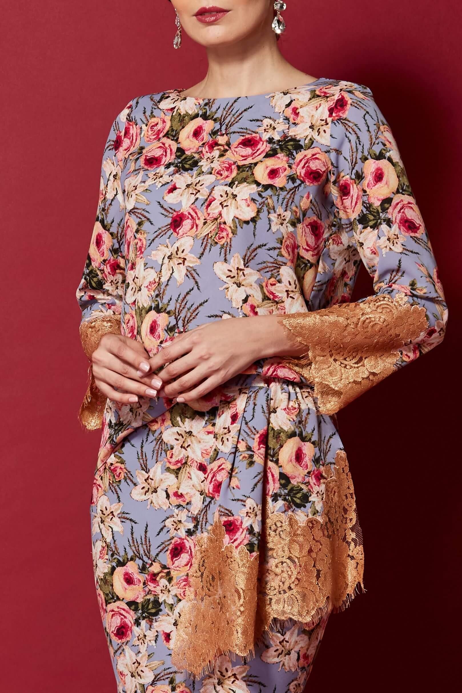 Floral Print Top With Lace Applique