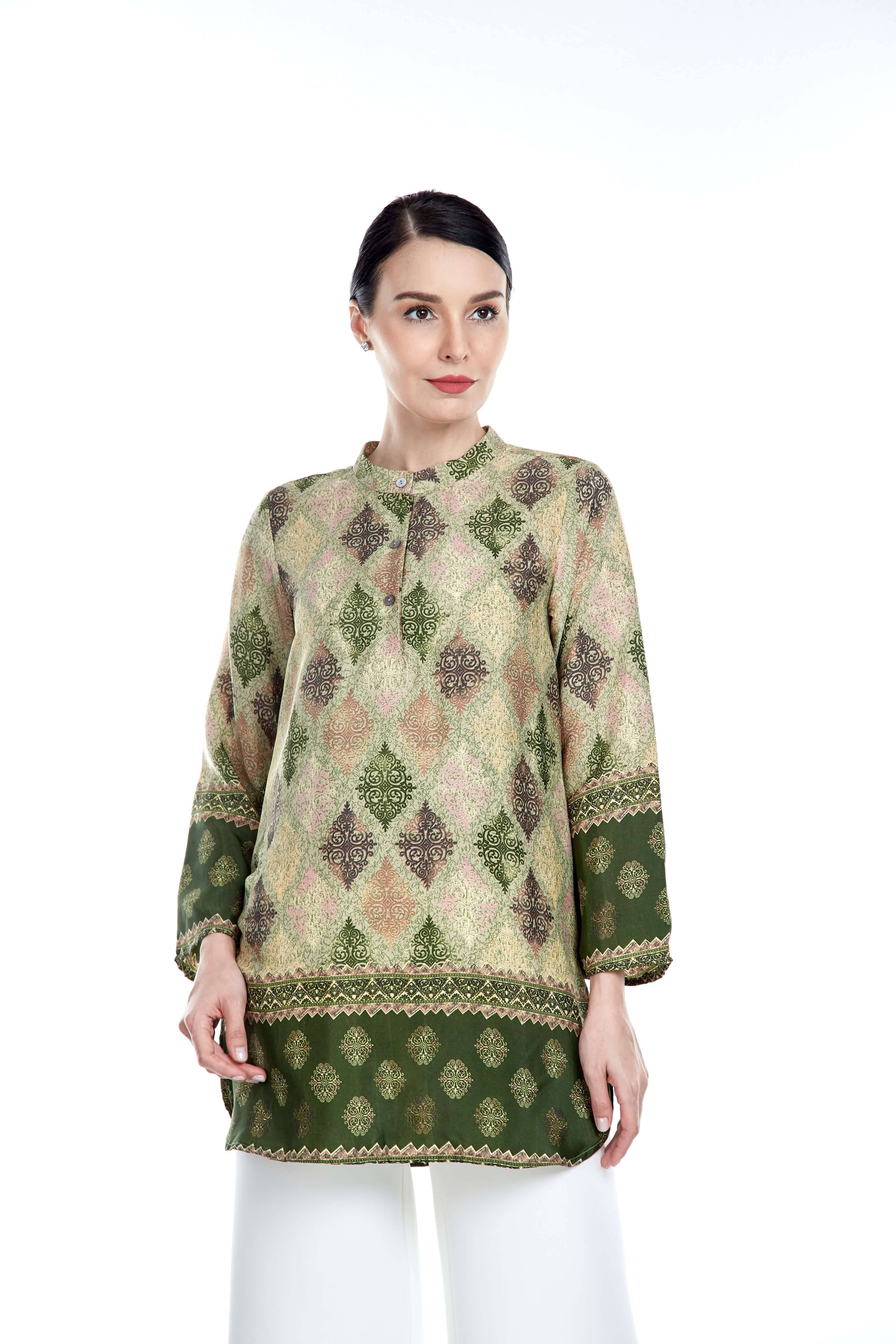 Green Border Stand Collar Blouse (3)