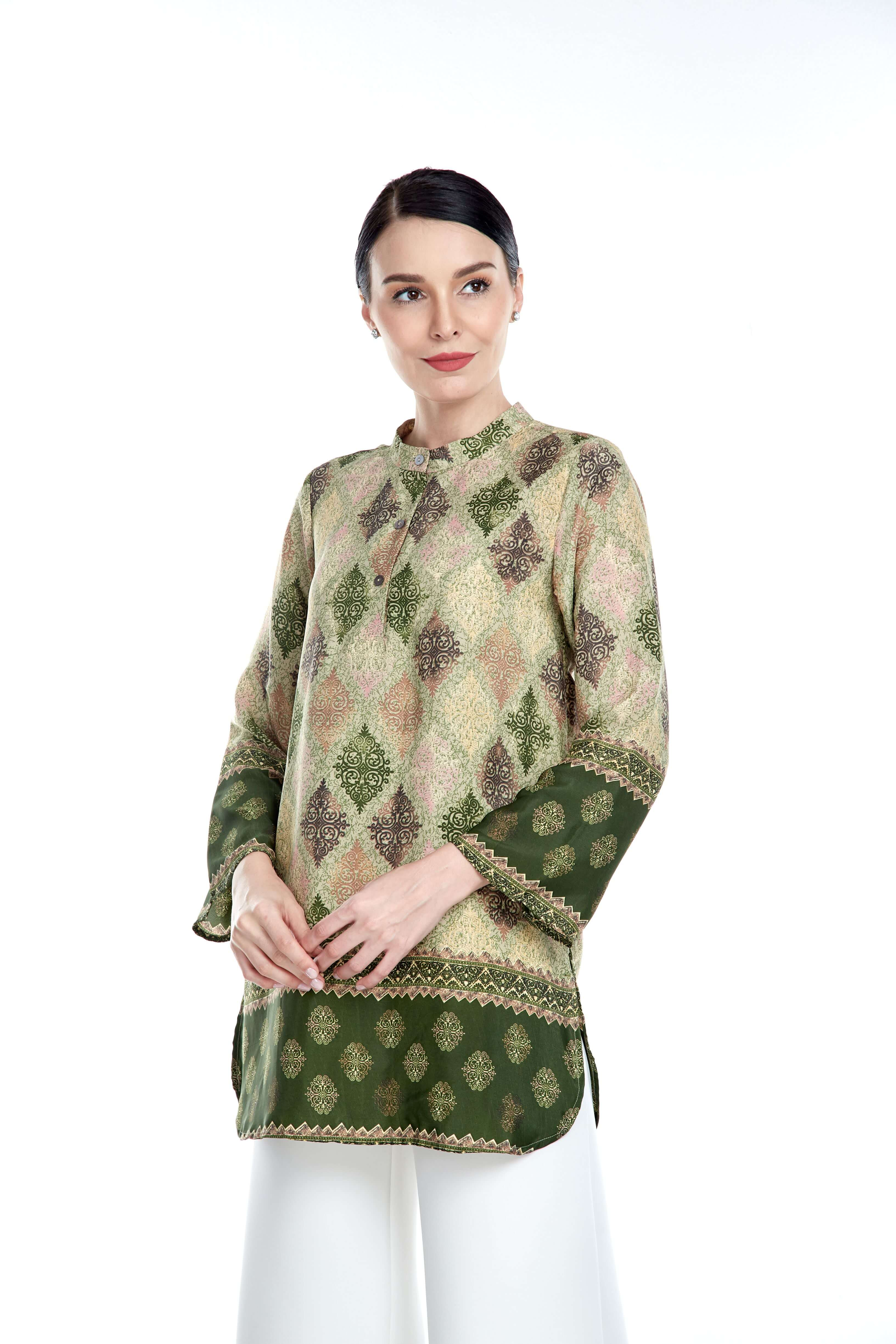 Green Border Stand Collar Blouse (4)