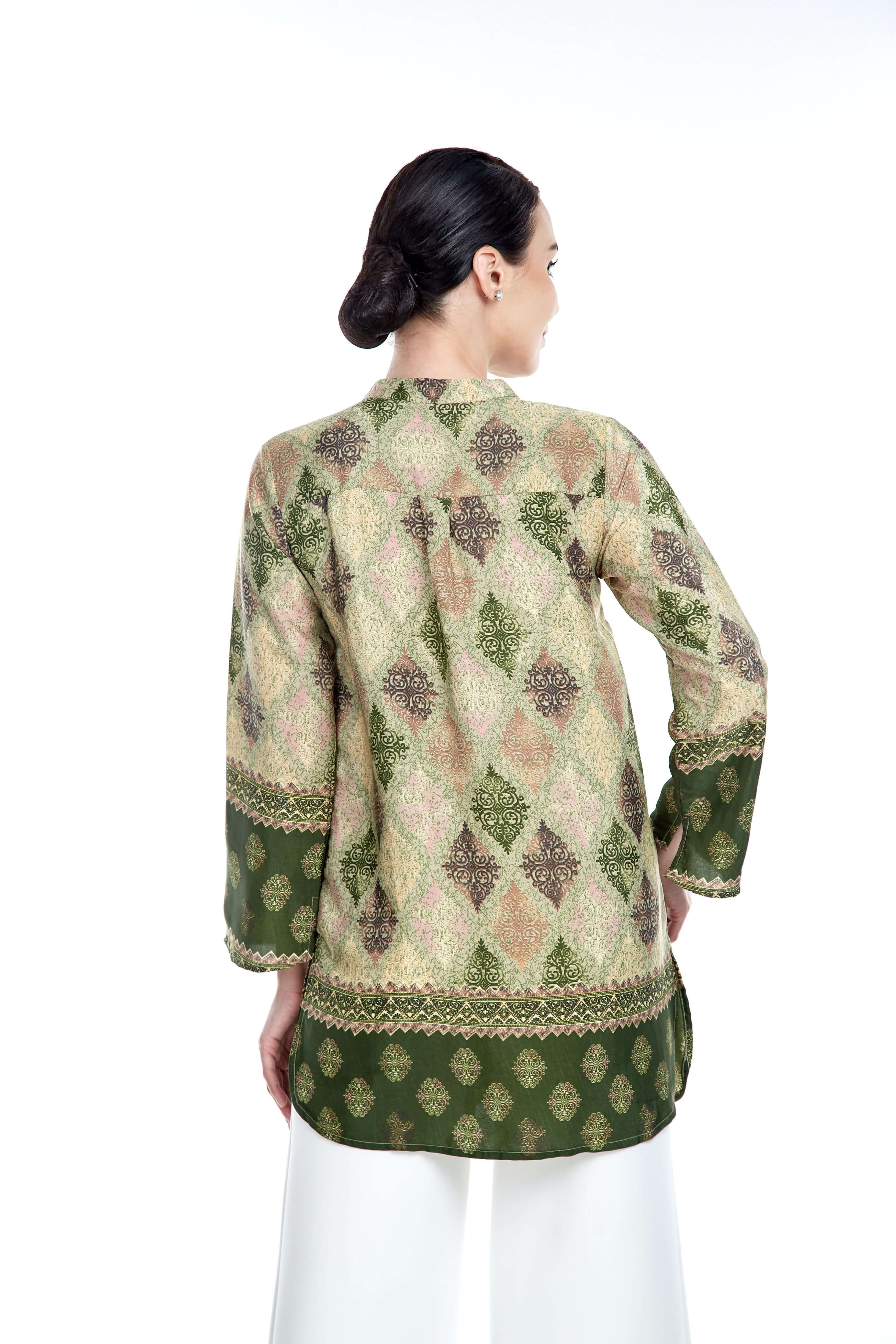 Green Border Stand Collar Blouse (5)
