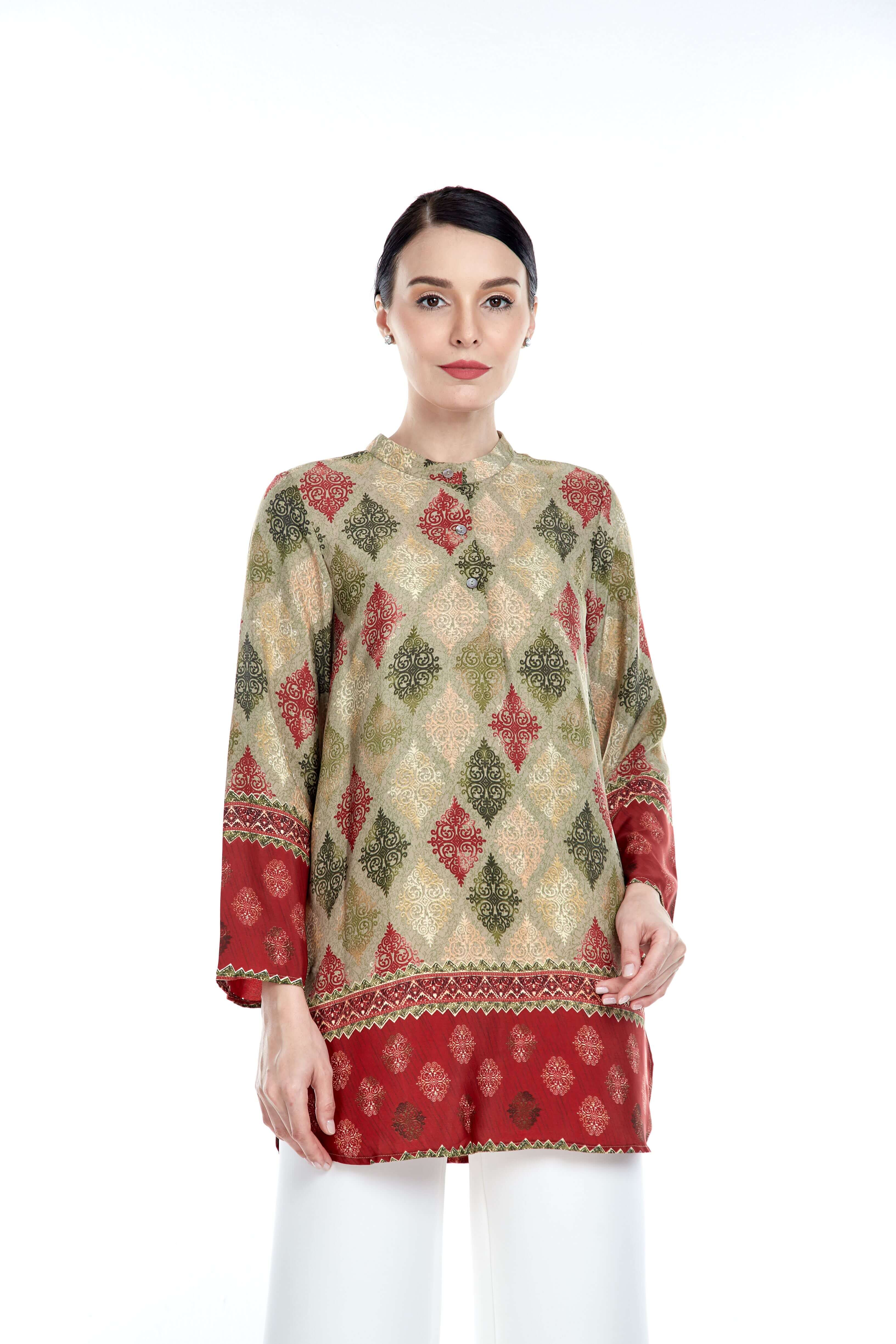 Green-Red Border Stand Collar Blouse (2)