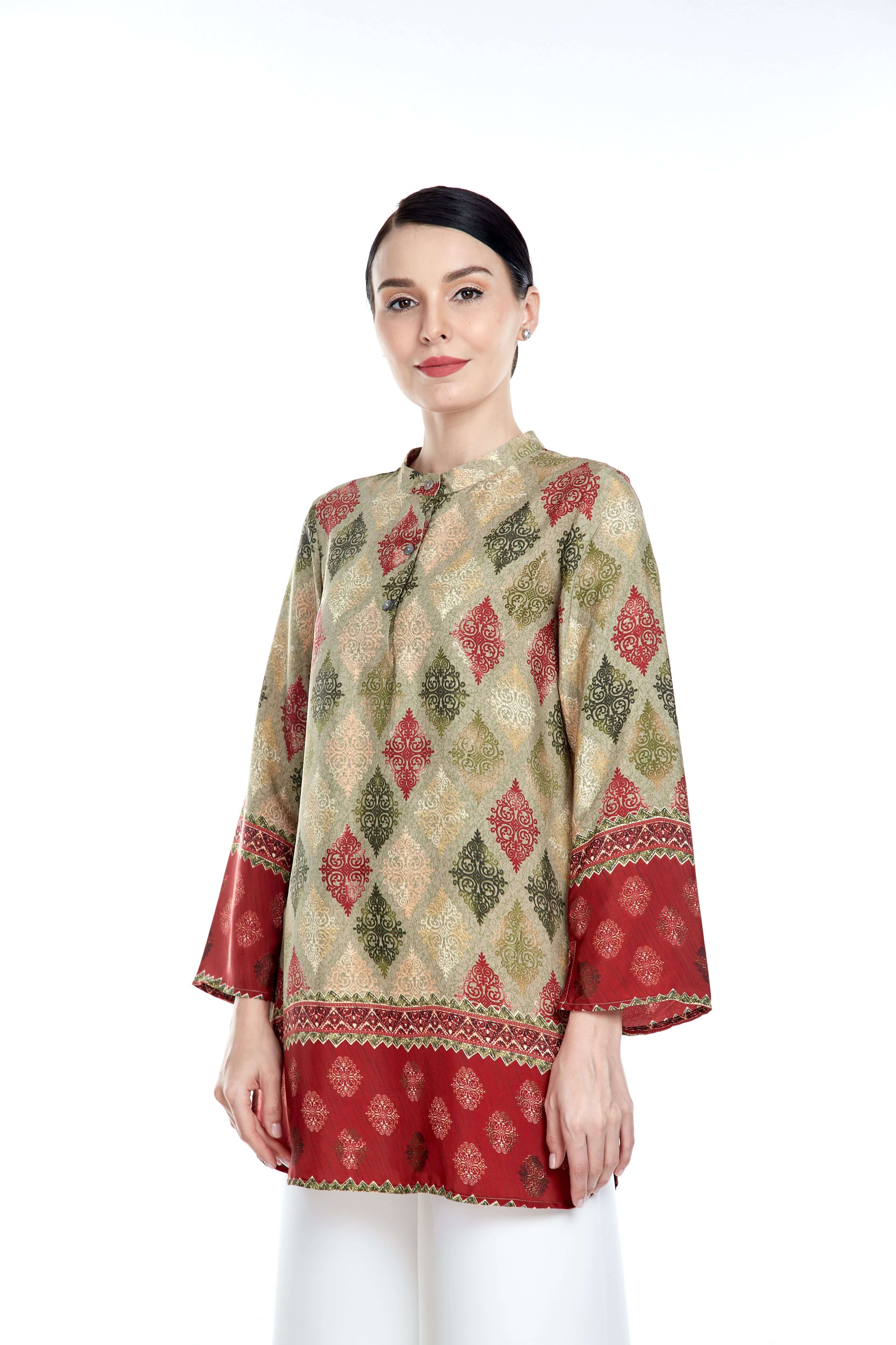 Green-Red Border Stand Collar Blouse (3)