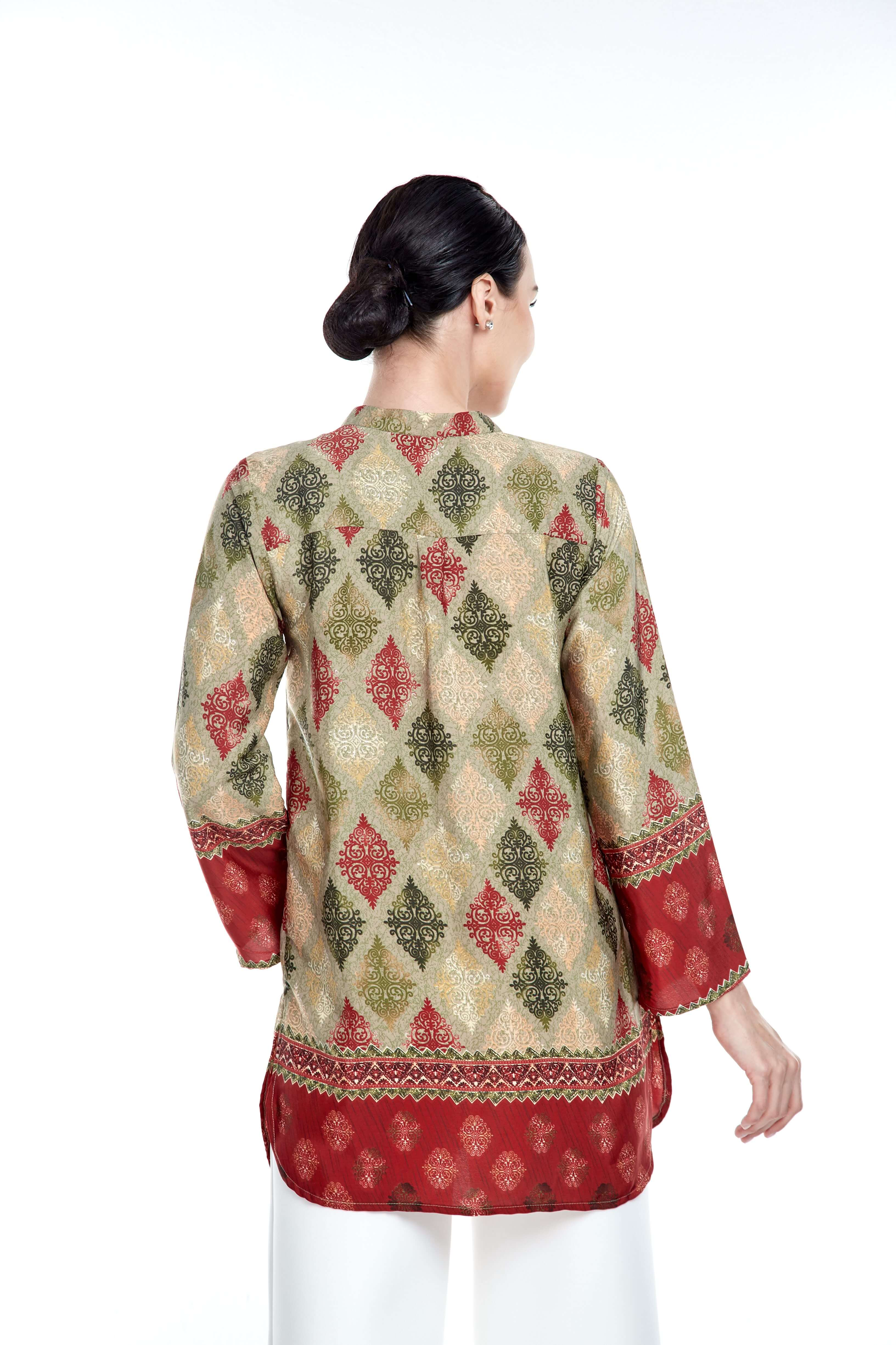 Green-Red Border Stand Collar Blouse (4)