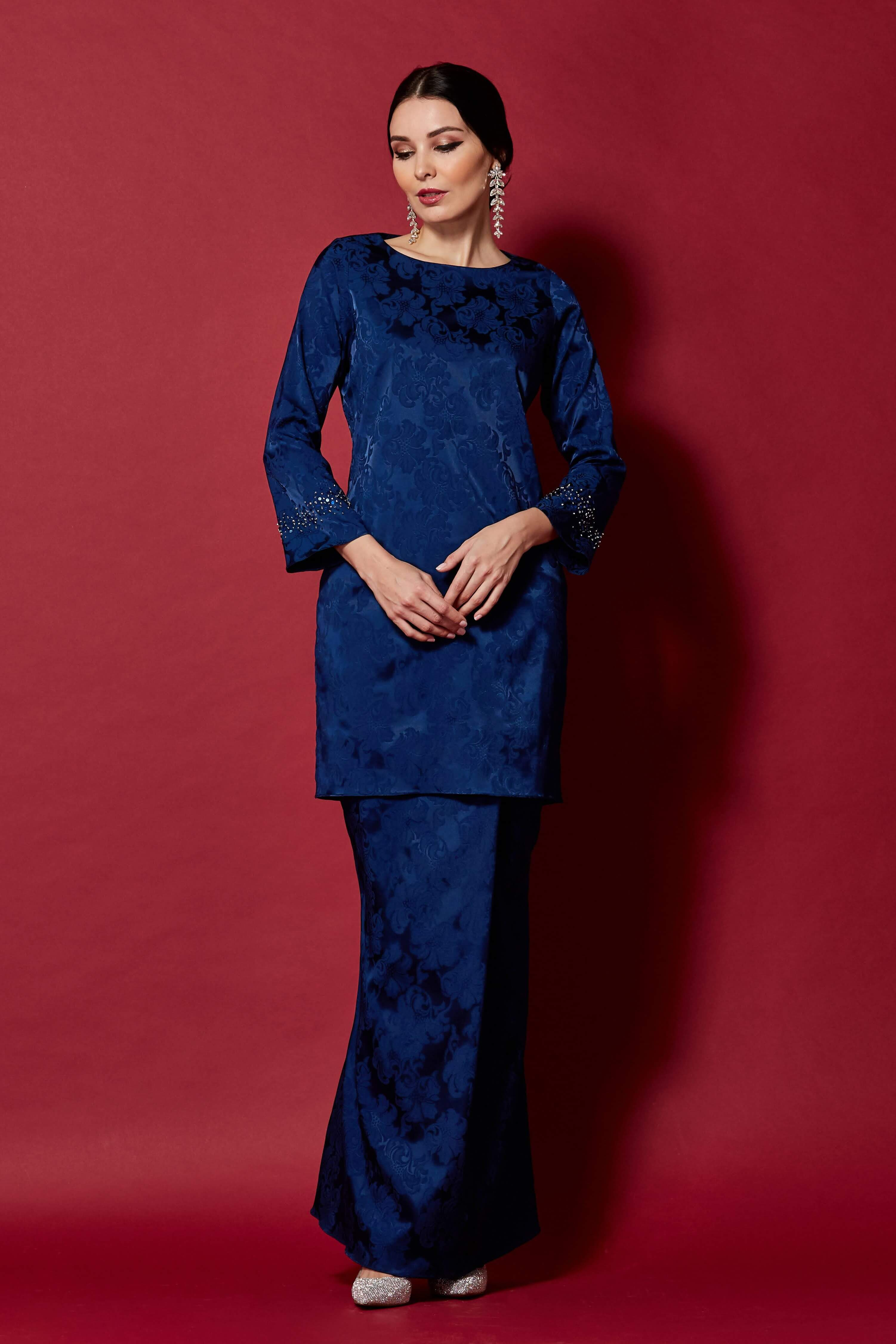 Navy Round Neck Top With Beading On Sleeve (2)