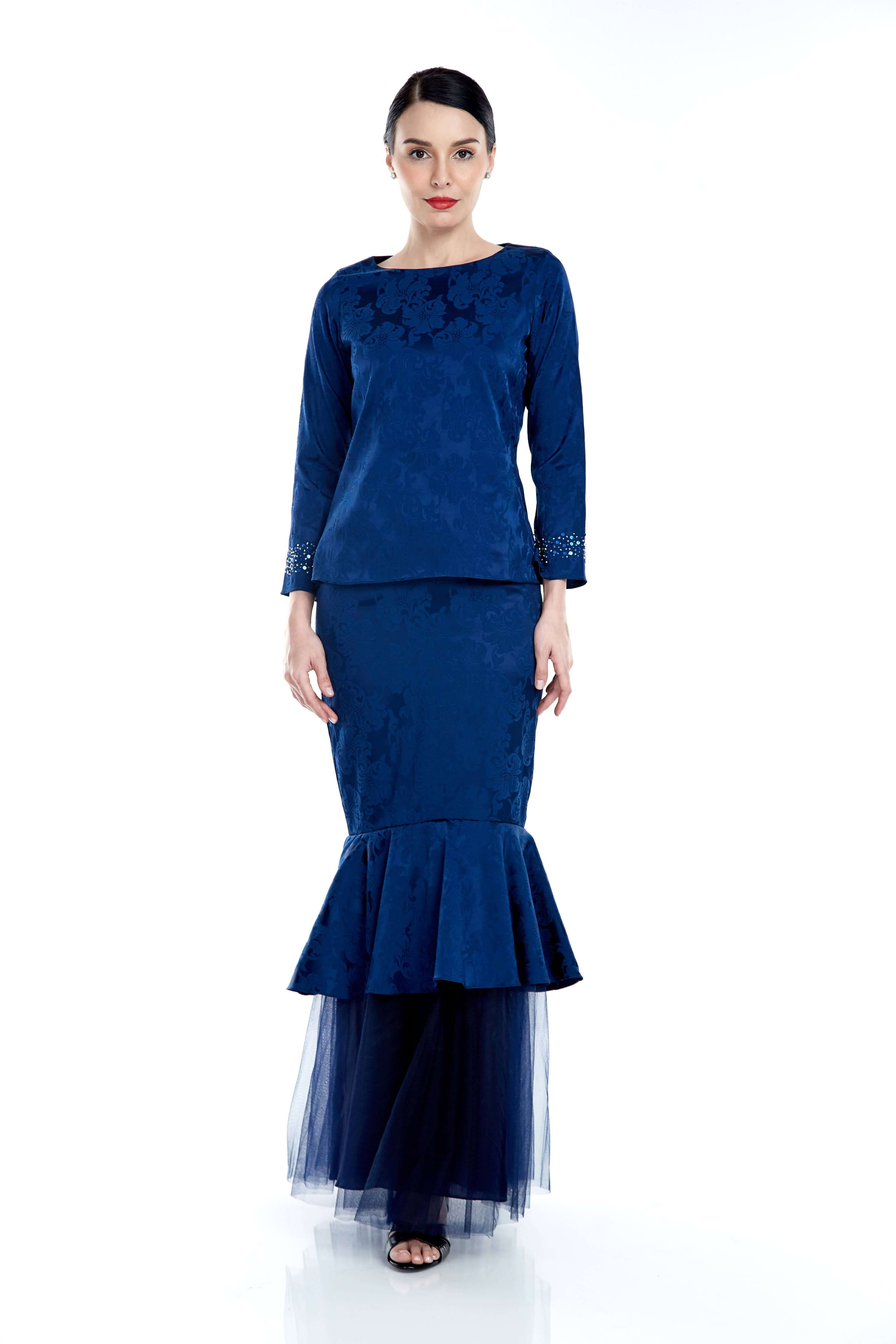 Navy Round Neck Top With Beading On Sleeve (4)