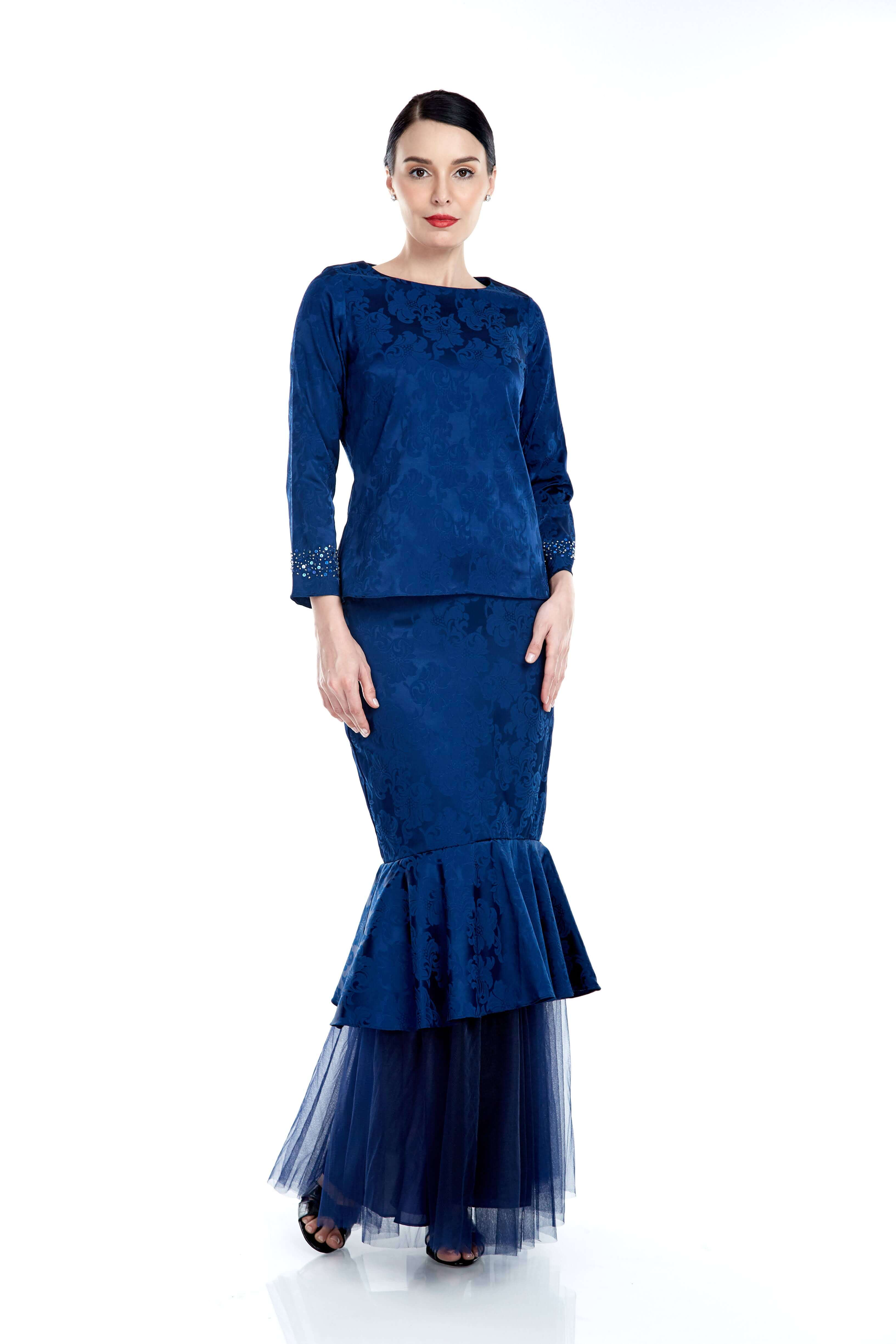 Navy Round Neck Top With Beading On Sleeve (5)