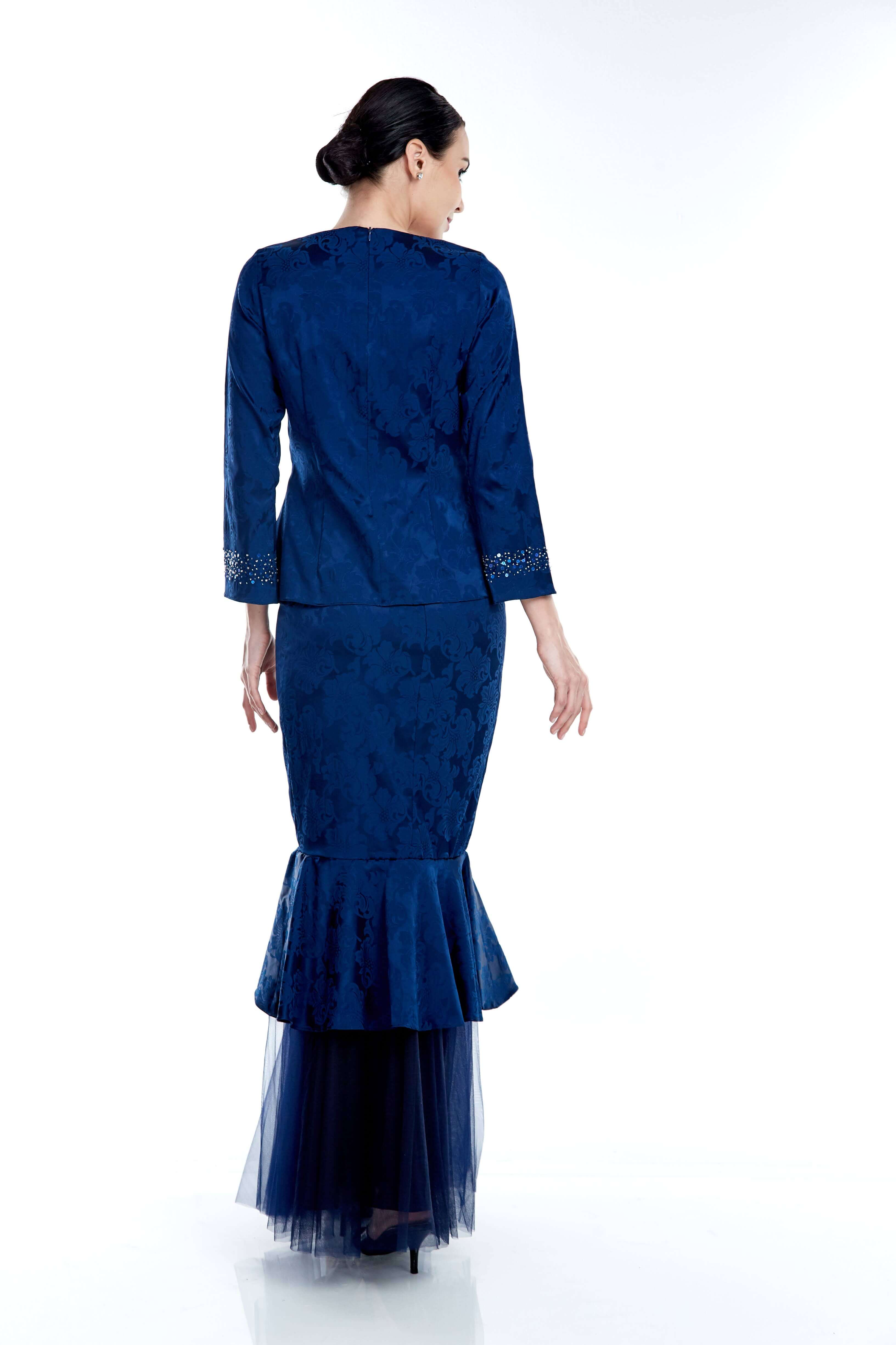 Navy Round Neck Top With Beading On Sleeve (6)