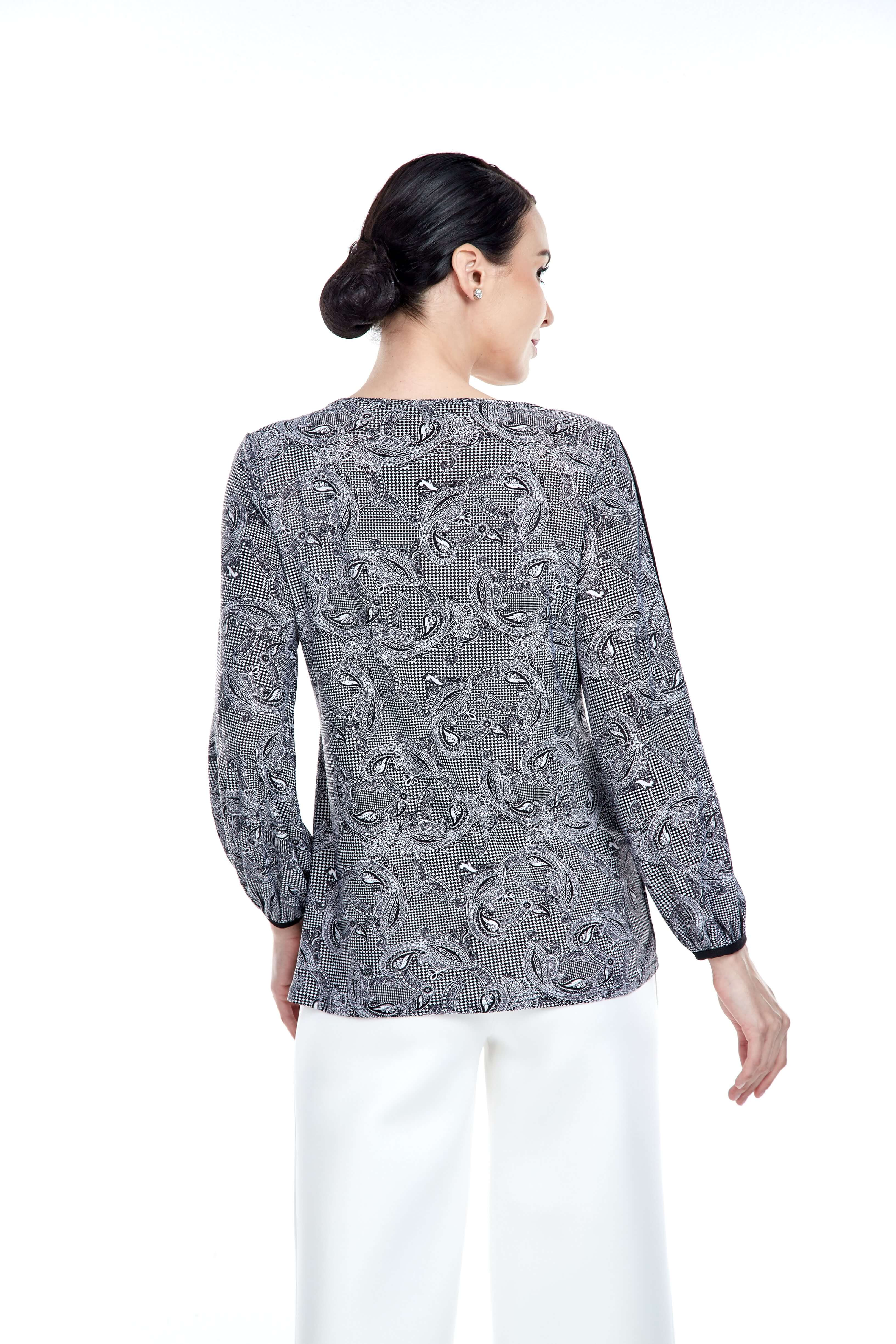 Black Pasley Round Neck Blouse With Piping Sleeve (3)
