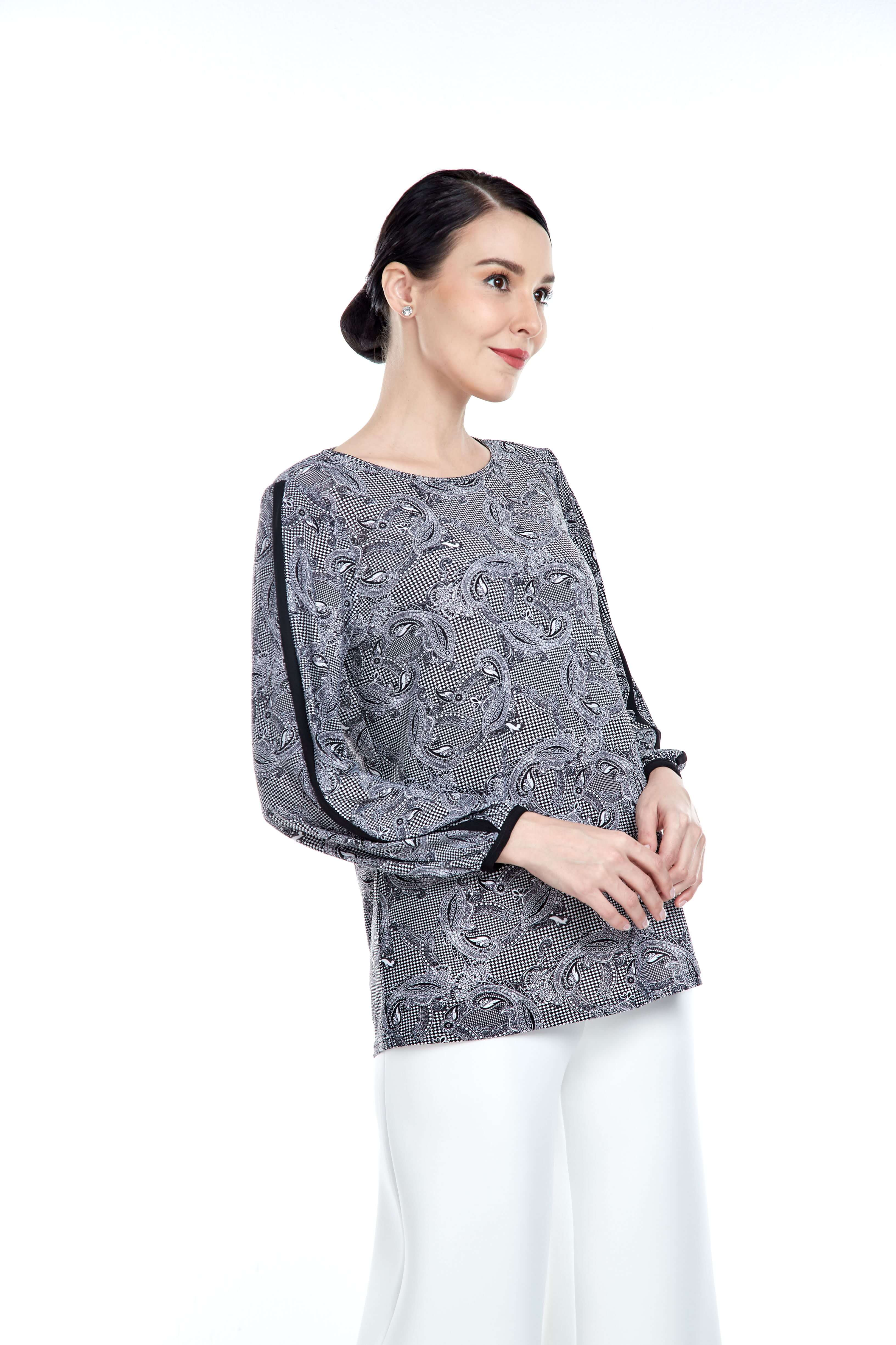 Black Pasley Round Neck Blouse With Piping Sleeve (4)