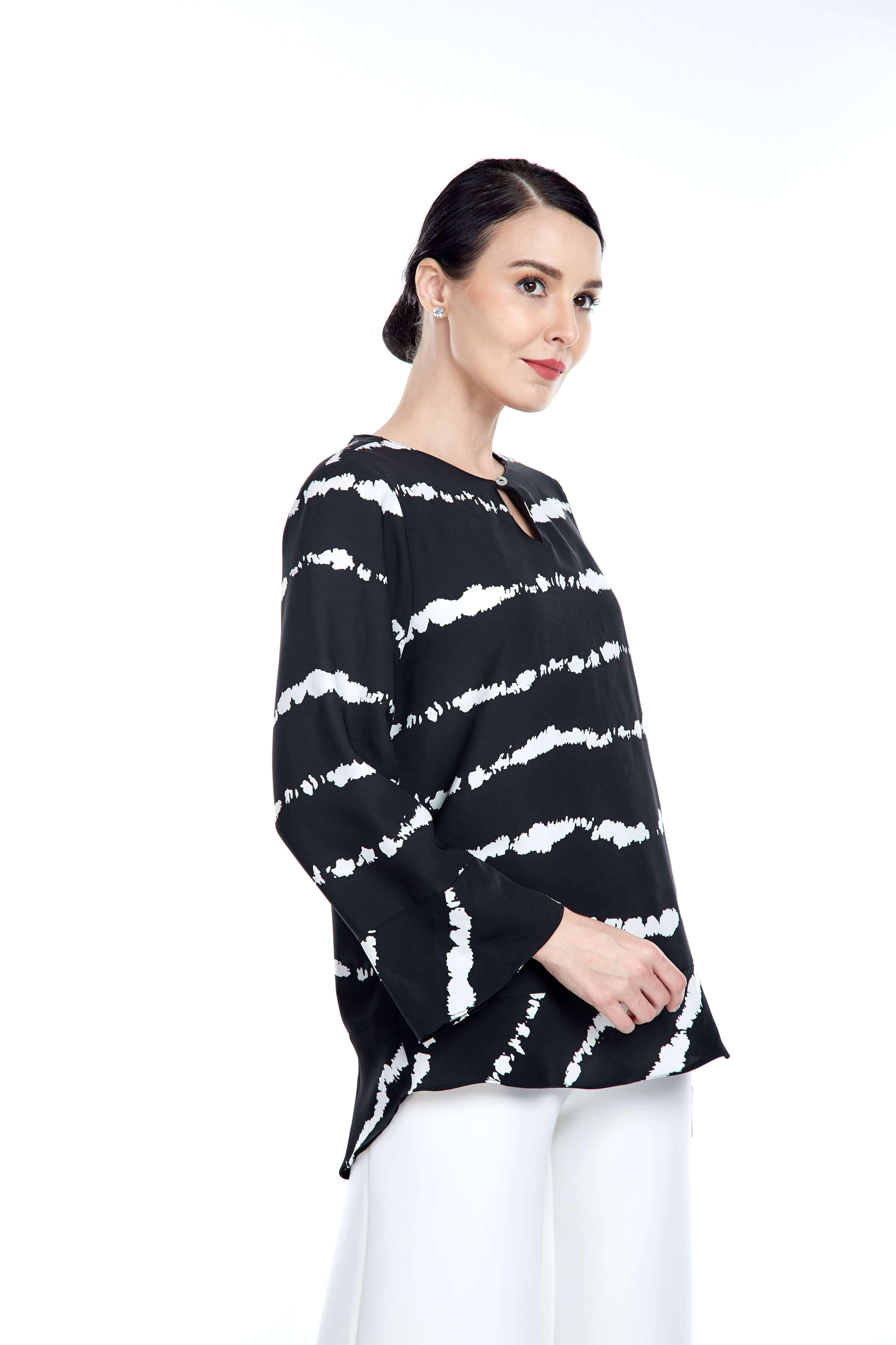 Black-White Stripe Round Neck Blouse (3)