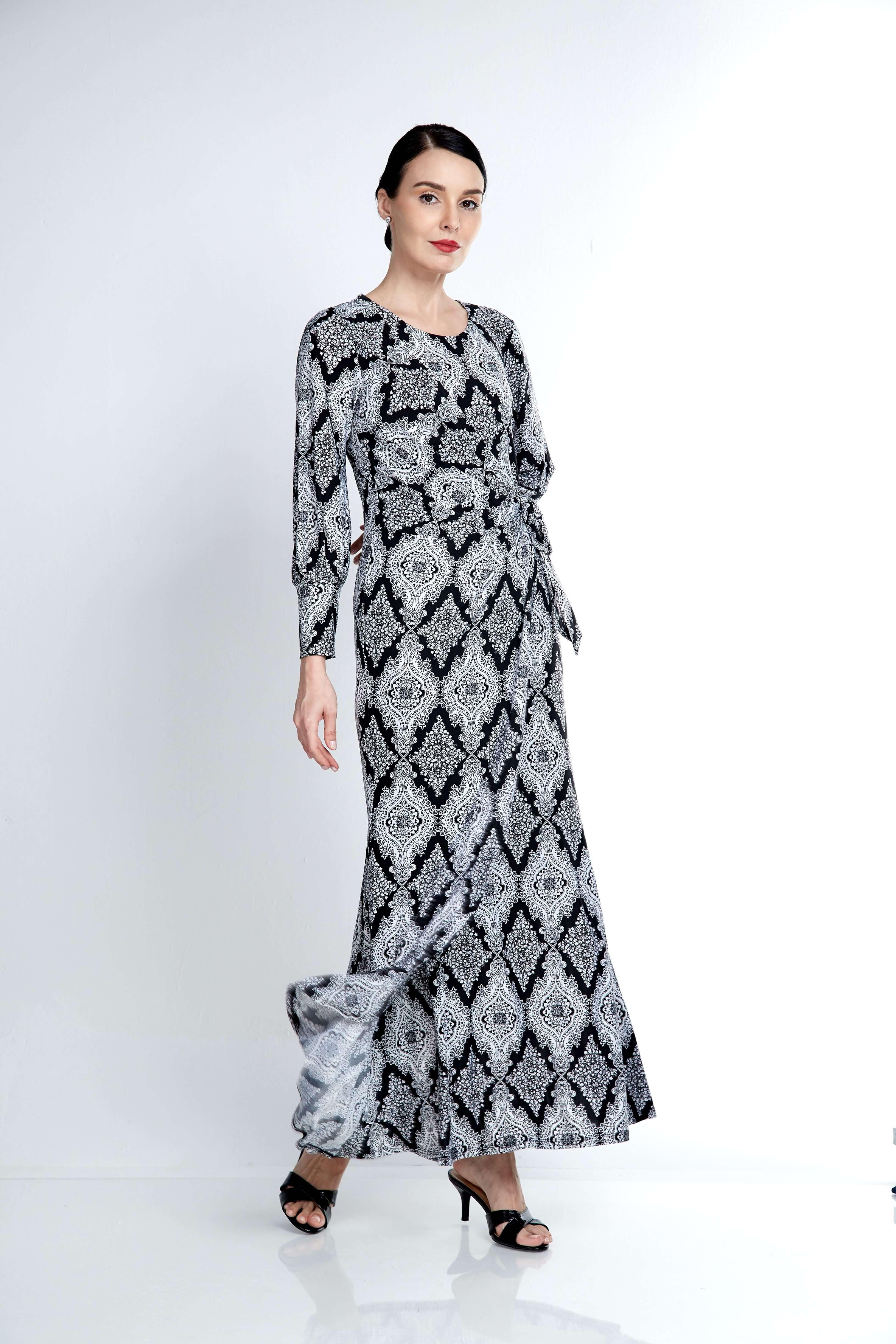 Elisa Black Printed Dress 4