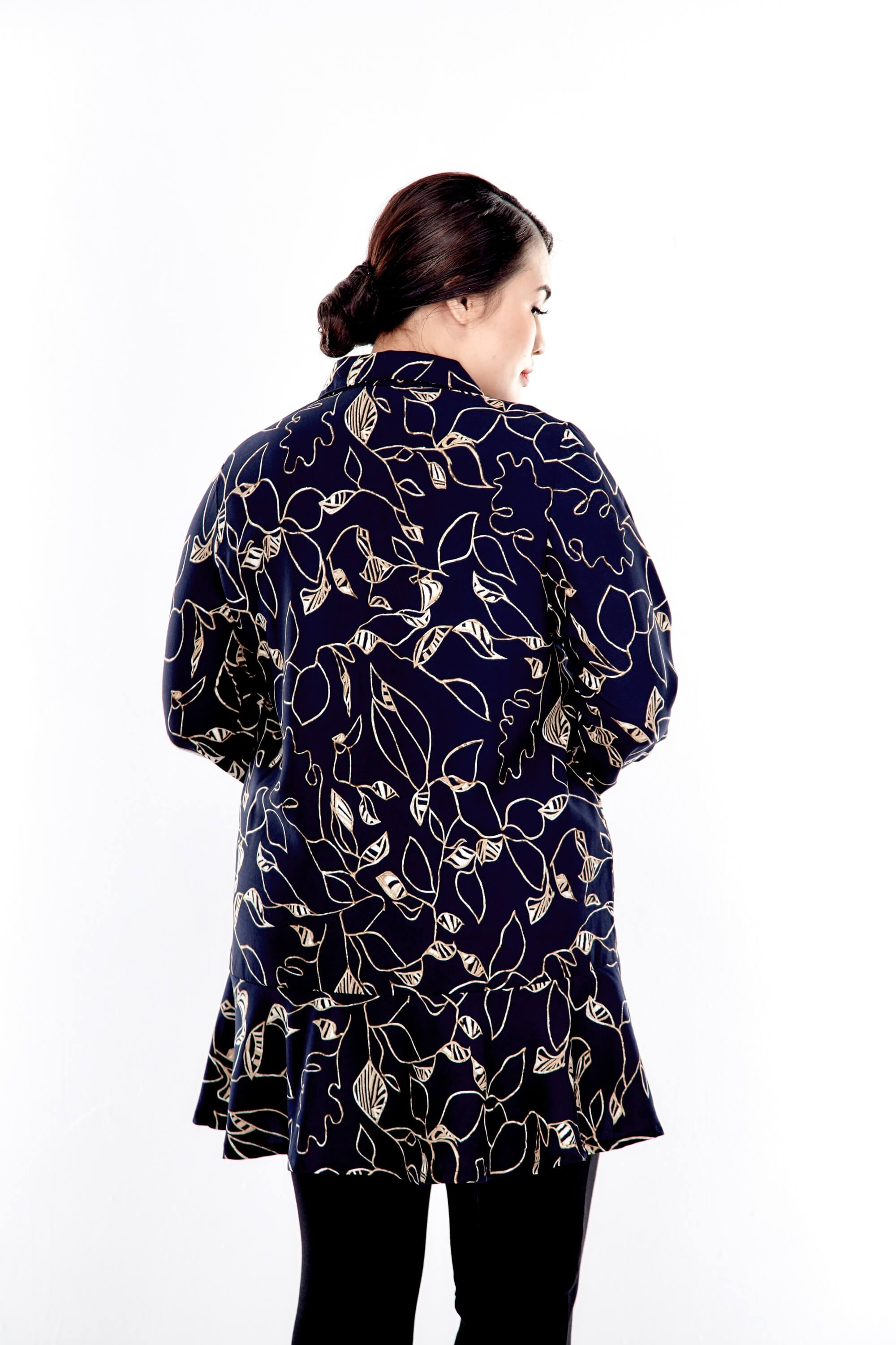 Black Printed Button Up Blouse With Long Puff Sleeve 1
