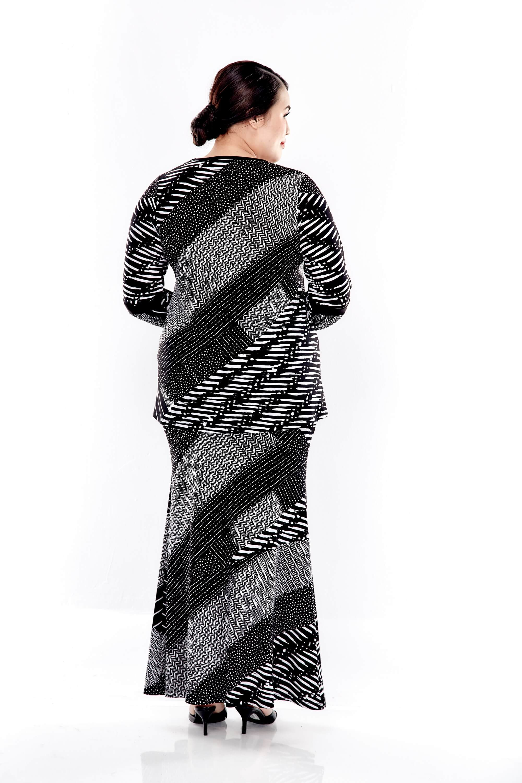 Black Printed Long Puff Sleeve V Neck Top 2