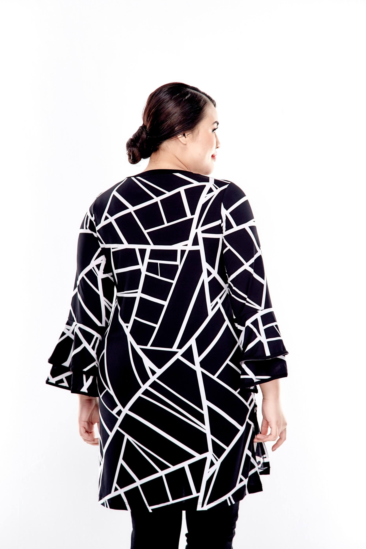 Black Printed V Neck Long Sleeve Blouse 2