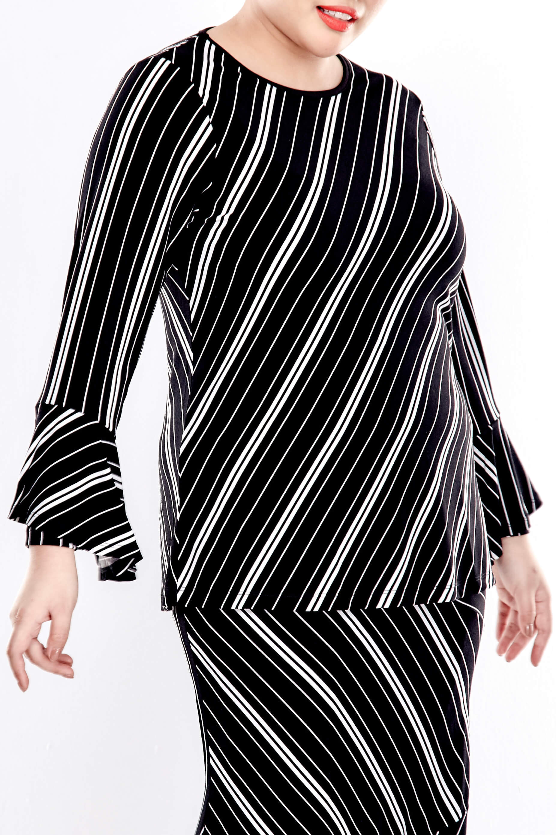 Black Striped Round Neck Blouse With Double Layers Sleeve 3