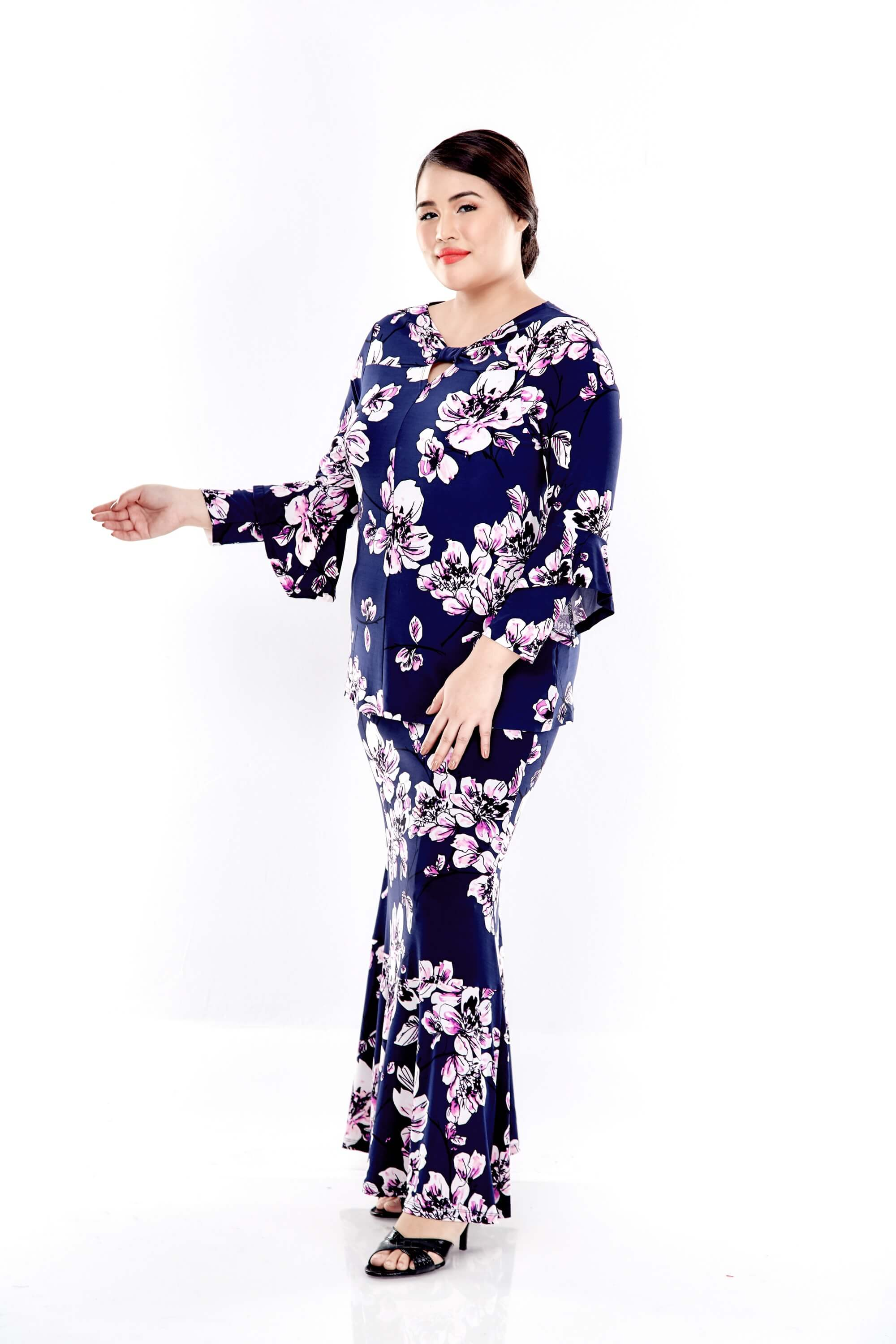 Blue Printed Long Sleeve Blouse With Front Bow 4