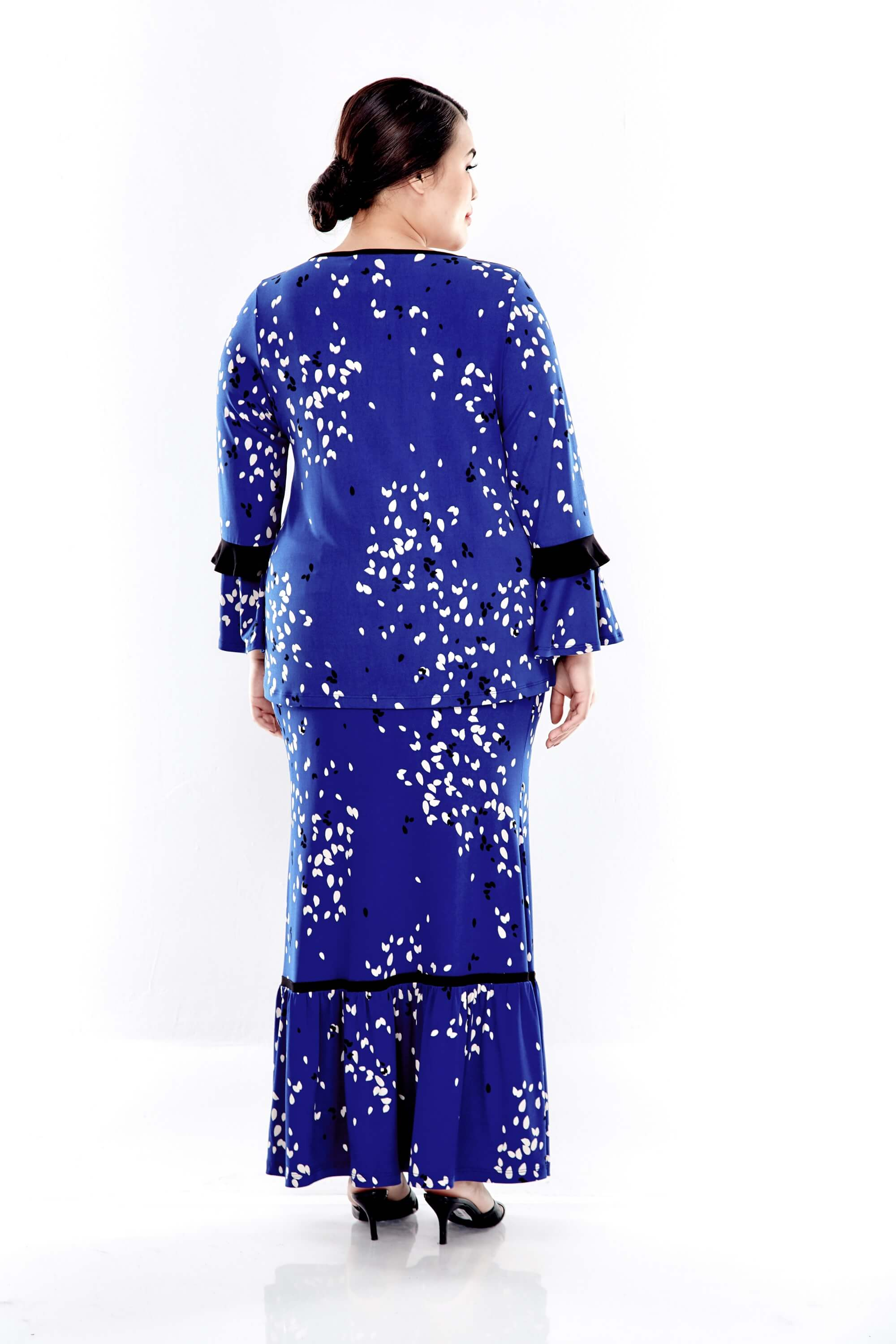 Blue Printed Long Sleeve Blouse With Gathers At Shoulder 1
