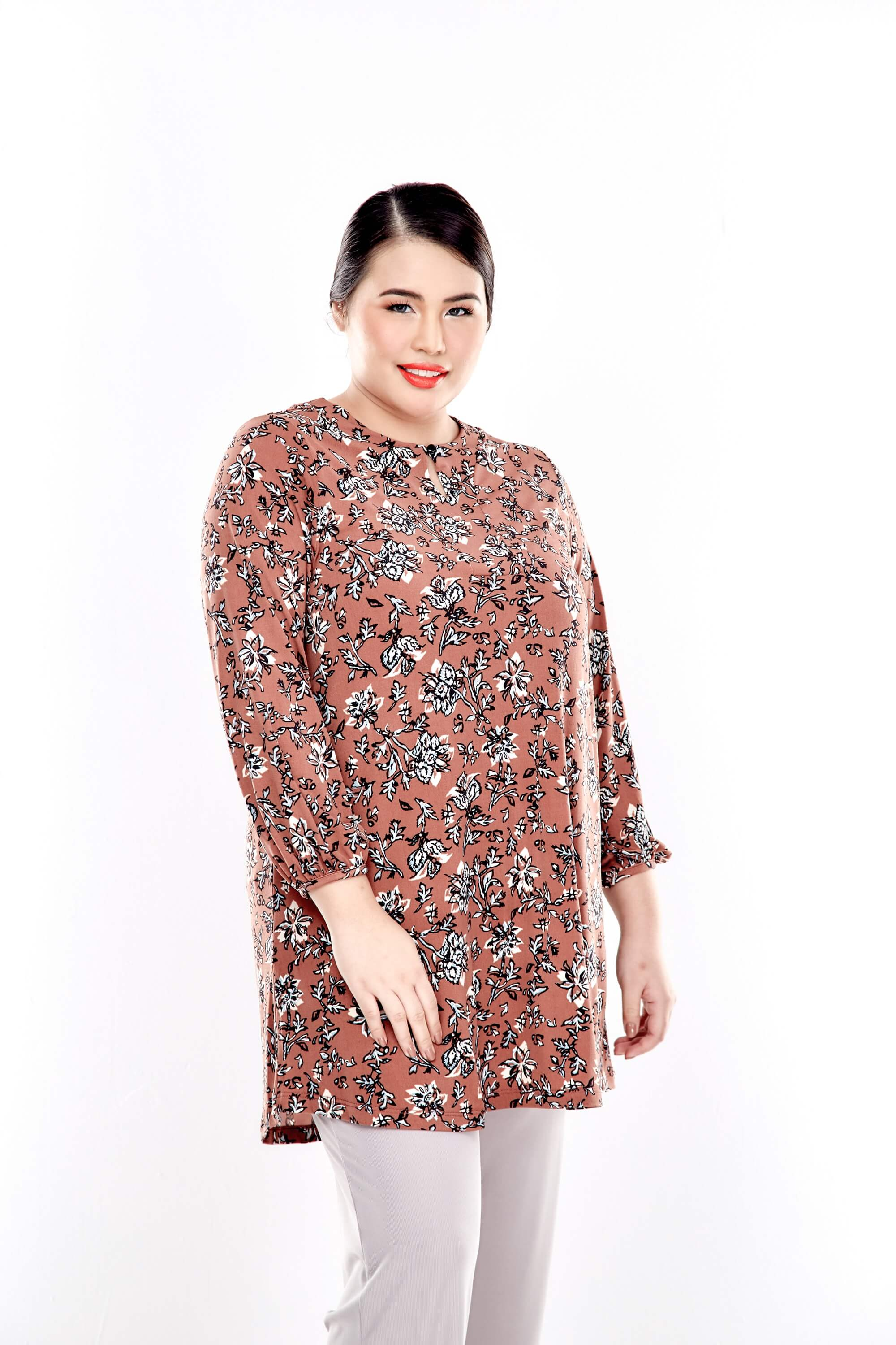Brown Printed Long Puffle Sleeve Top With Mushroom Button 2