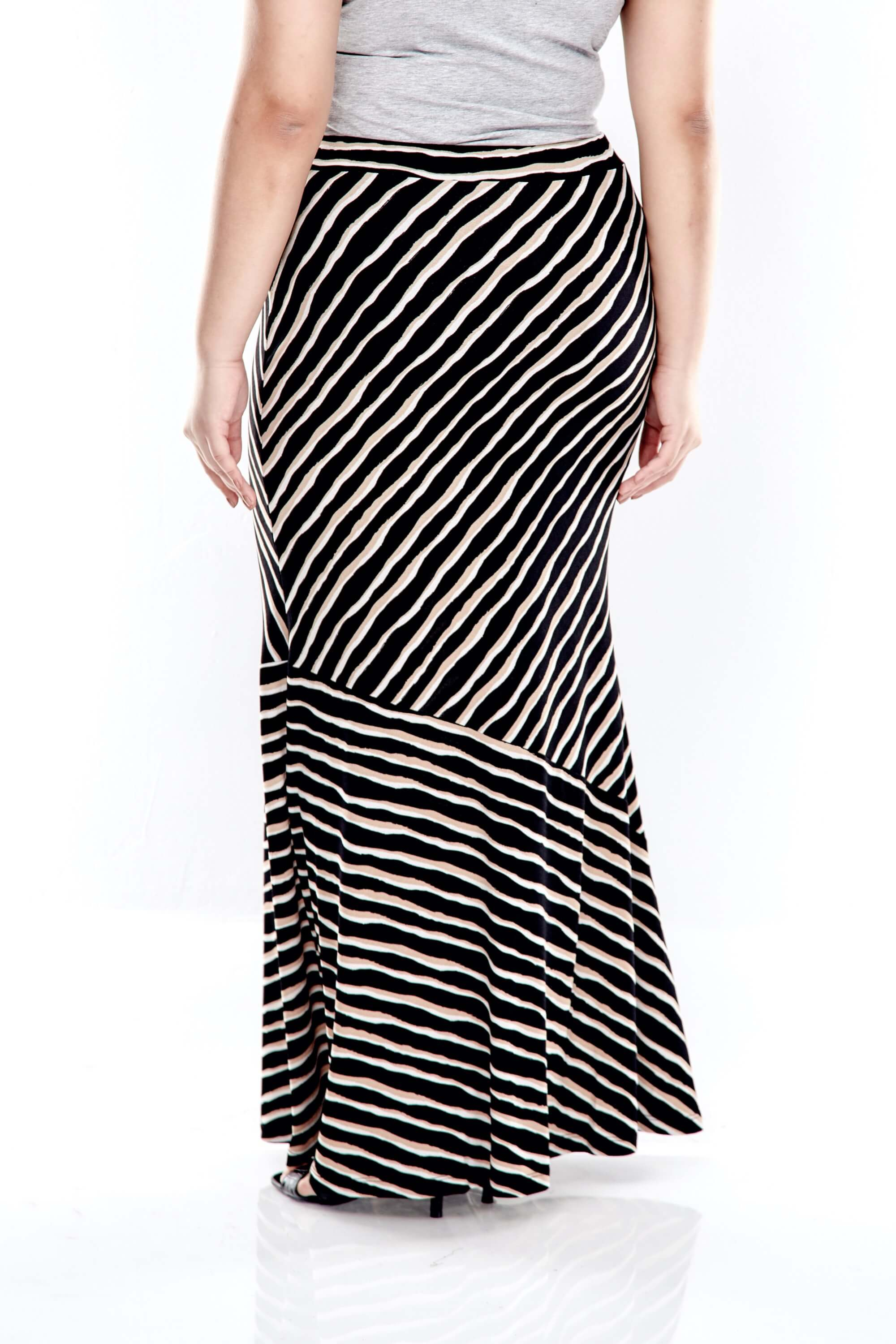 Brown Striped Long Skirt With Cut At Bottom 2