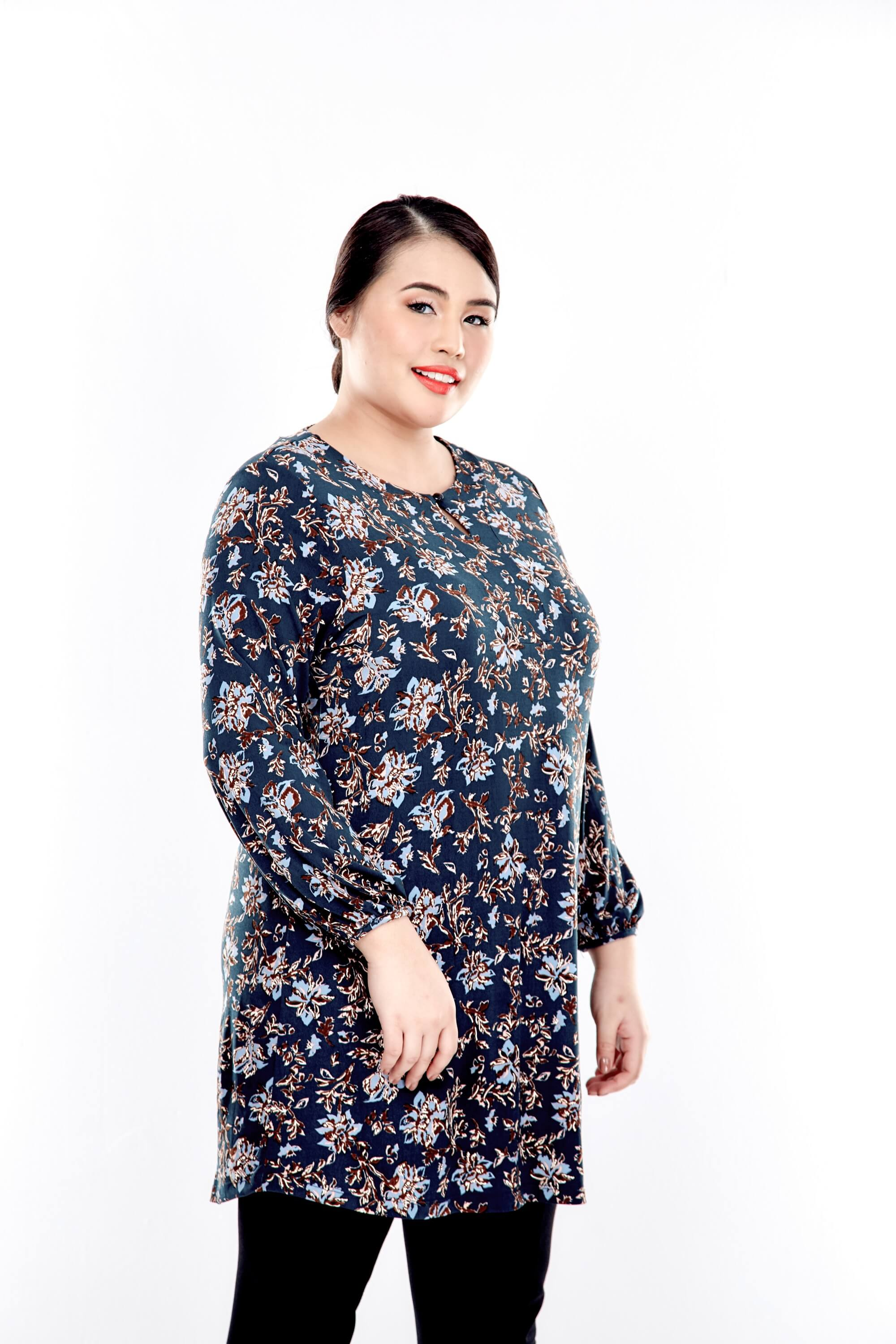 Green Printed Long Puffle Sleeve Top With Mushroom Button 1