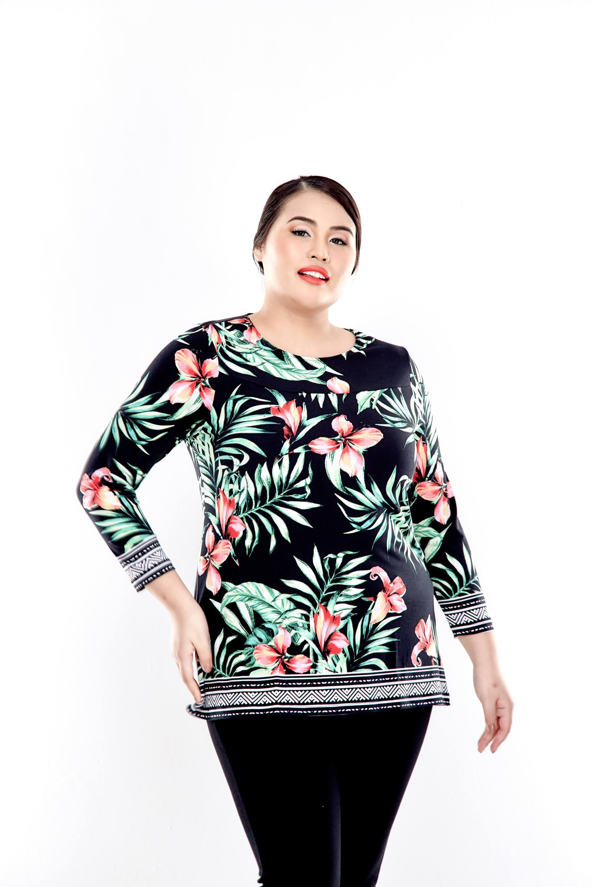 Green Printed Long Sleeve Blouse With Round Neck