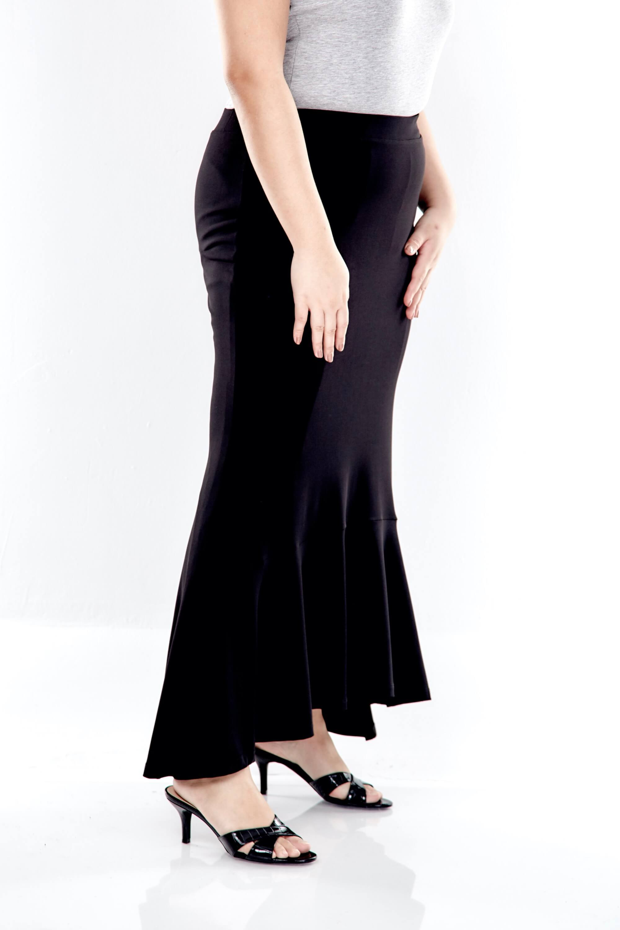 Long Skirt With Bottom Flares 1