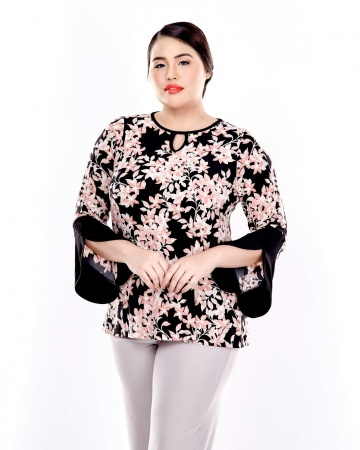 Pink Printed Long Sleeve Round Neck Blouse