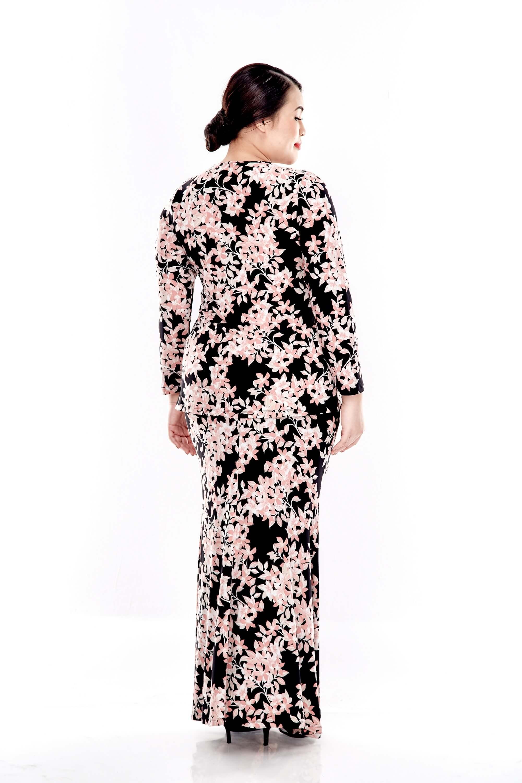 Pink Printed V Neck Long Sleeve Blouse 2