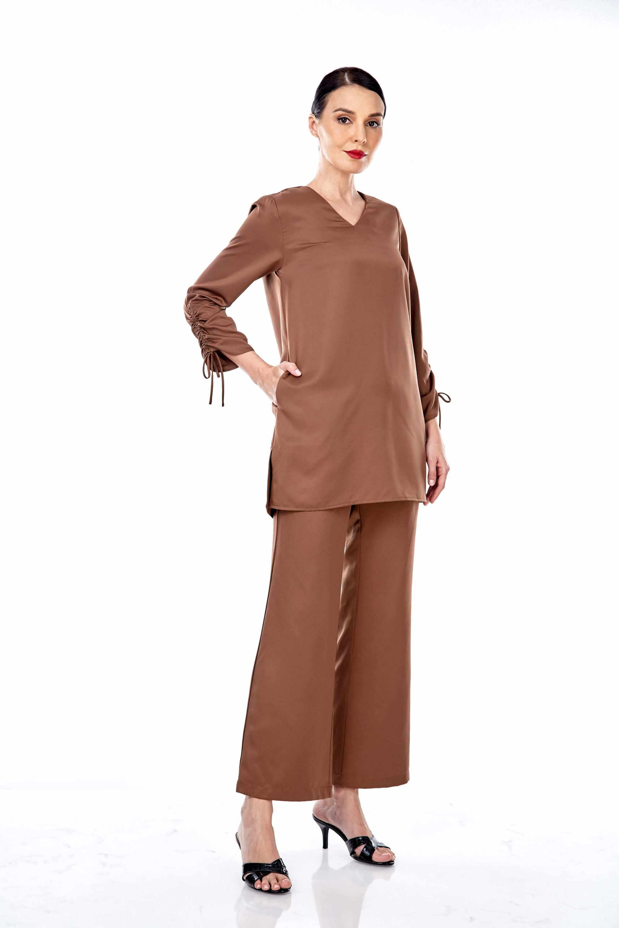 Rayqa Brown Blouse