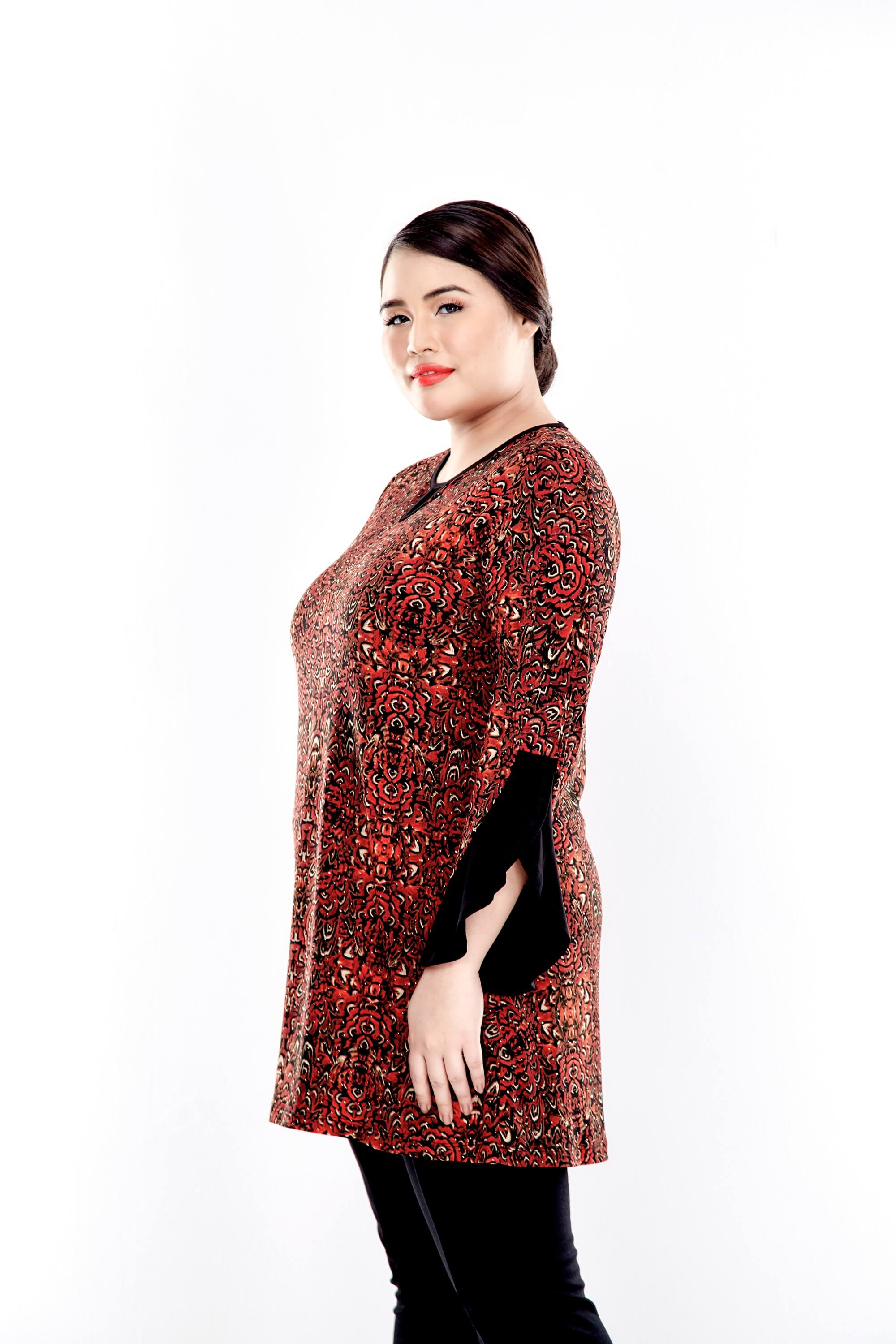 Rusty Brown Printed Round Neck Blouse With Bell Sleeve 2