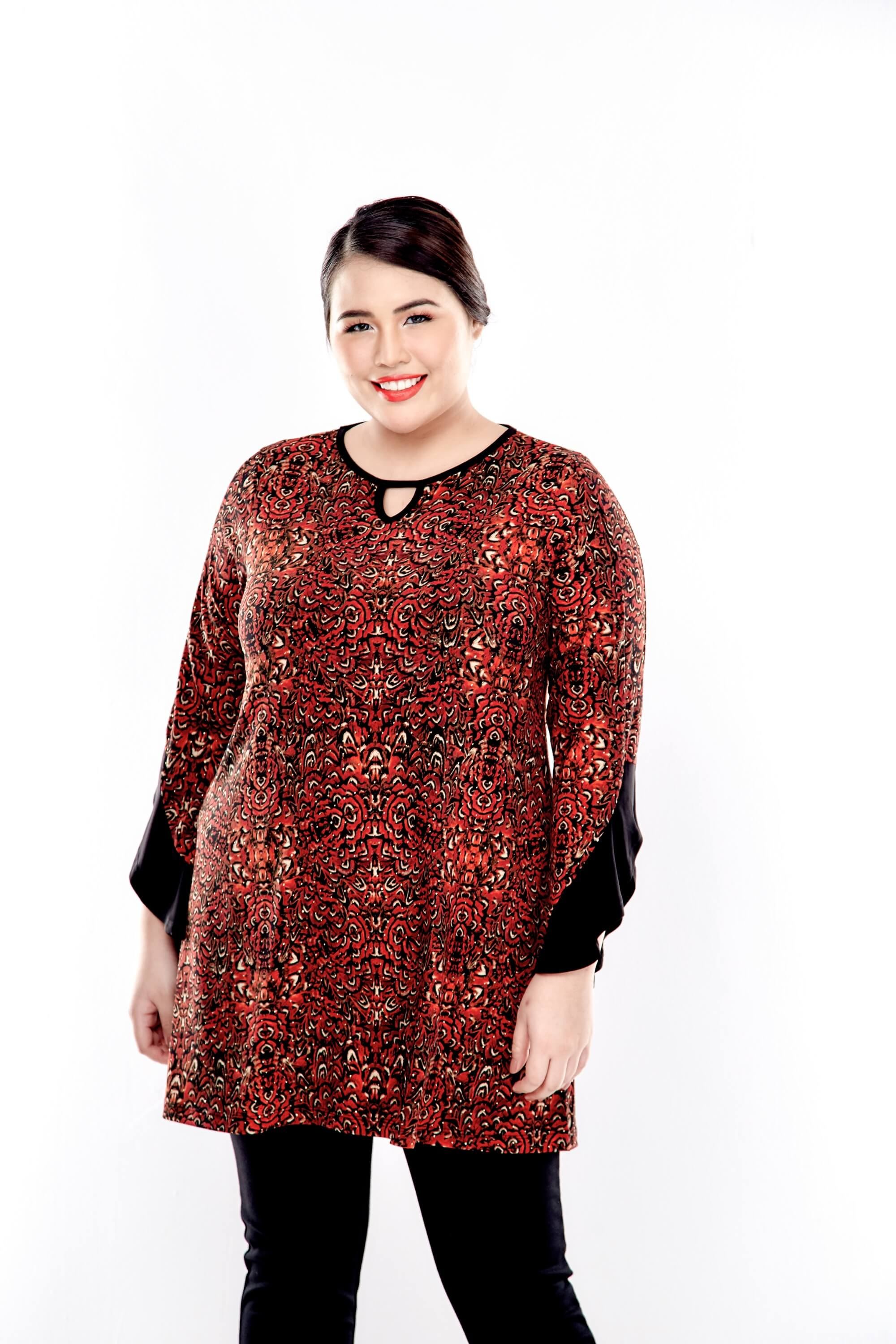Rusty Brown Printed Round Neck Blouse With Bell Sleeve 3