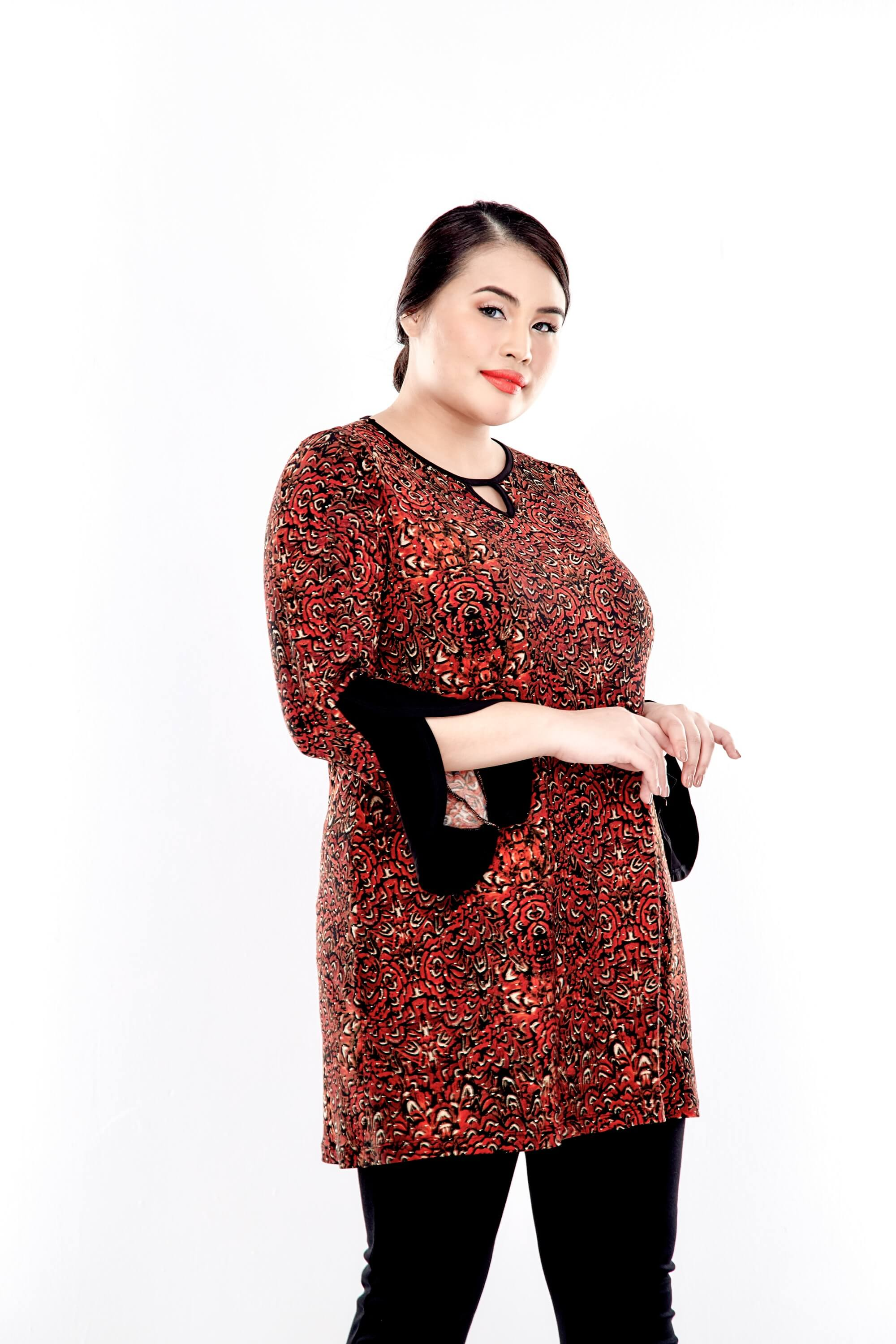 Rusty Brown Printed Round Neck Blouse With Bell Sleeve