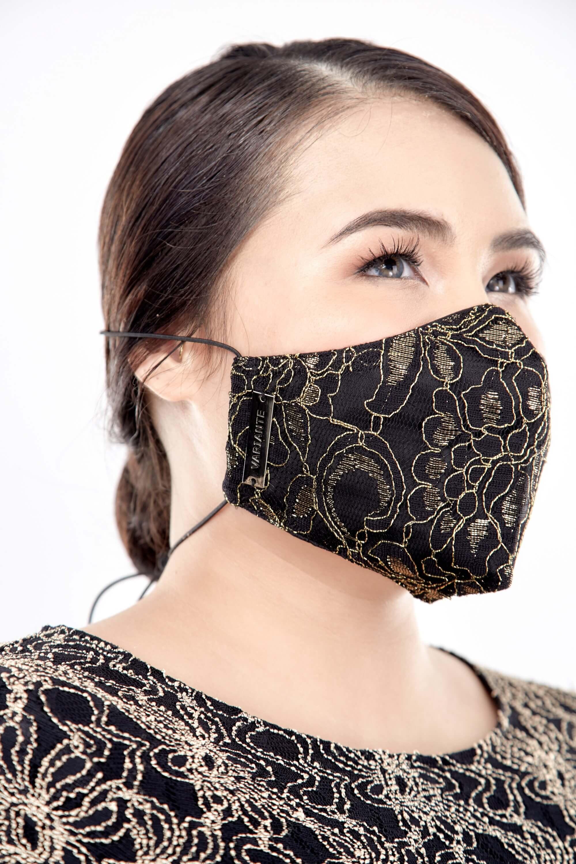 Gold Lace Mask 5